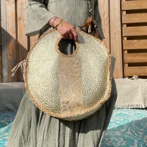Olivia Riet tas met goud.