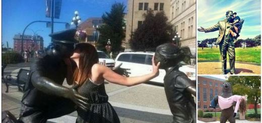 10 Epic photo-ops with statues