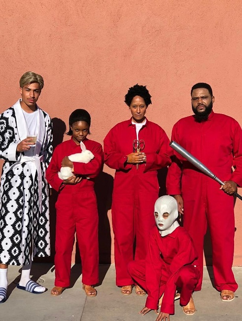 The cast of Black-Ish as Tethered