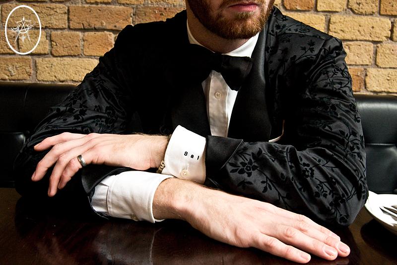 devel_valentinesmokingjacket_cuffs