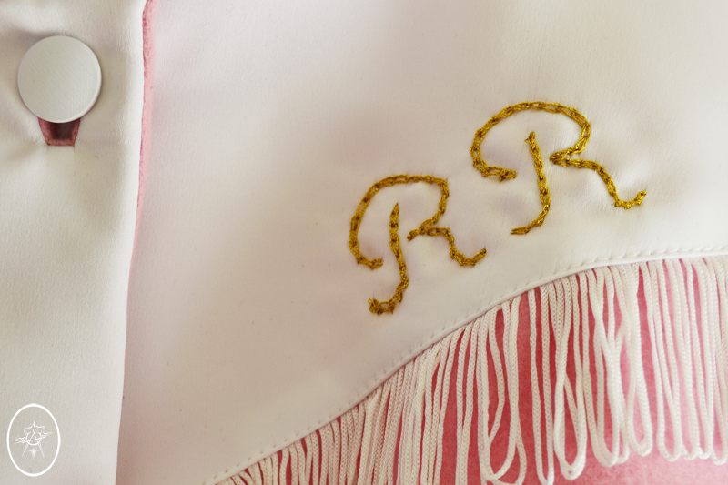 devel_RubyCapelet_embroidery