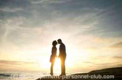 Comment renforcer sa relation conjugale sur la durée.  Chaque couple est composé de deux êtres différents qui, par définition, n'accordent pas la même importance à tous les aspects de la vie