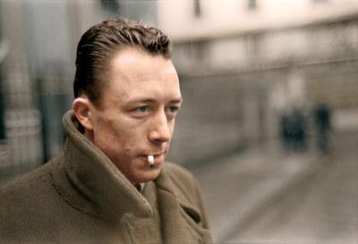 Photo de l'écrivain Albert Camus qui garde toujours espoir
