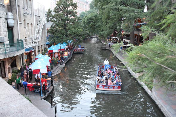 river-walk-san-antonio