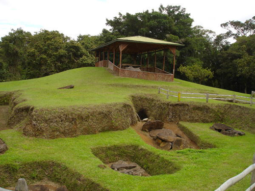 Excavated-Tombs-San-Augustin-Colombia-0