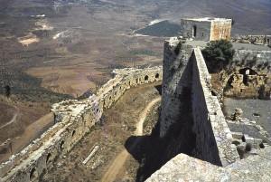 Vista da região do castelo dos muros do castelo (Fonte: Wikicommons/Autor: M. Benoist)