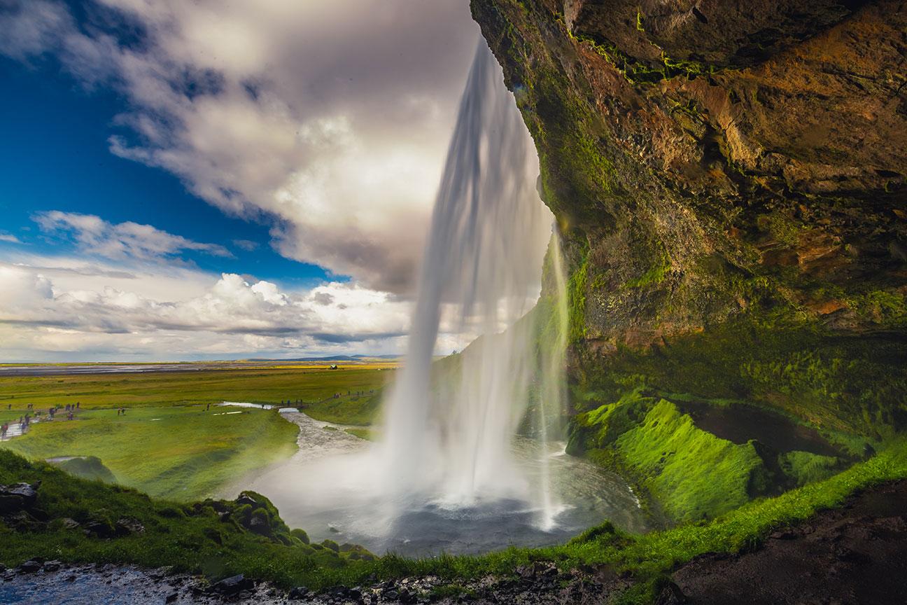 Seljalandsfoss Falls 2