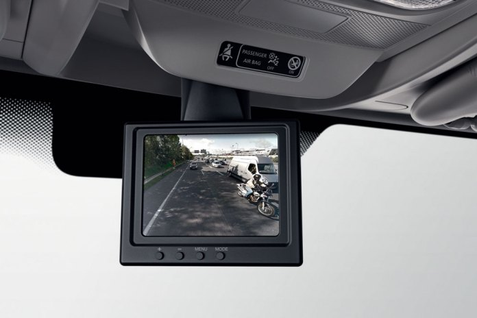 New_Renault_MASTER_rearward-viev-camera