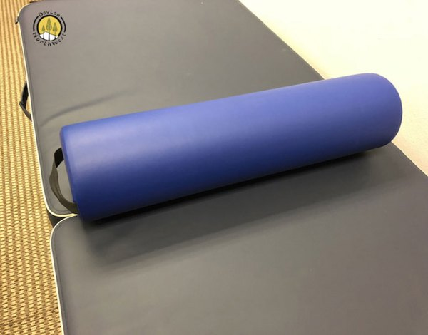 medium_round_bolster_mb01_blue_2