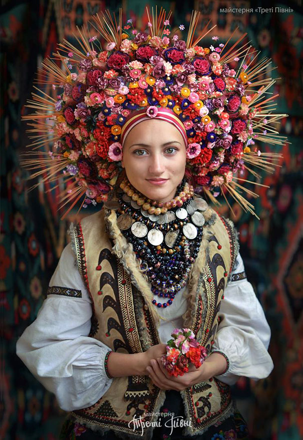 Flower crown traditional
