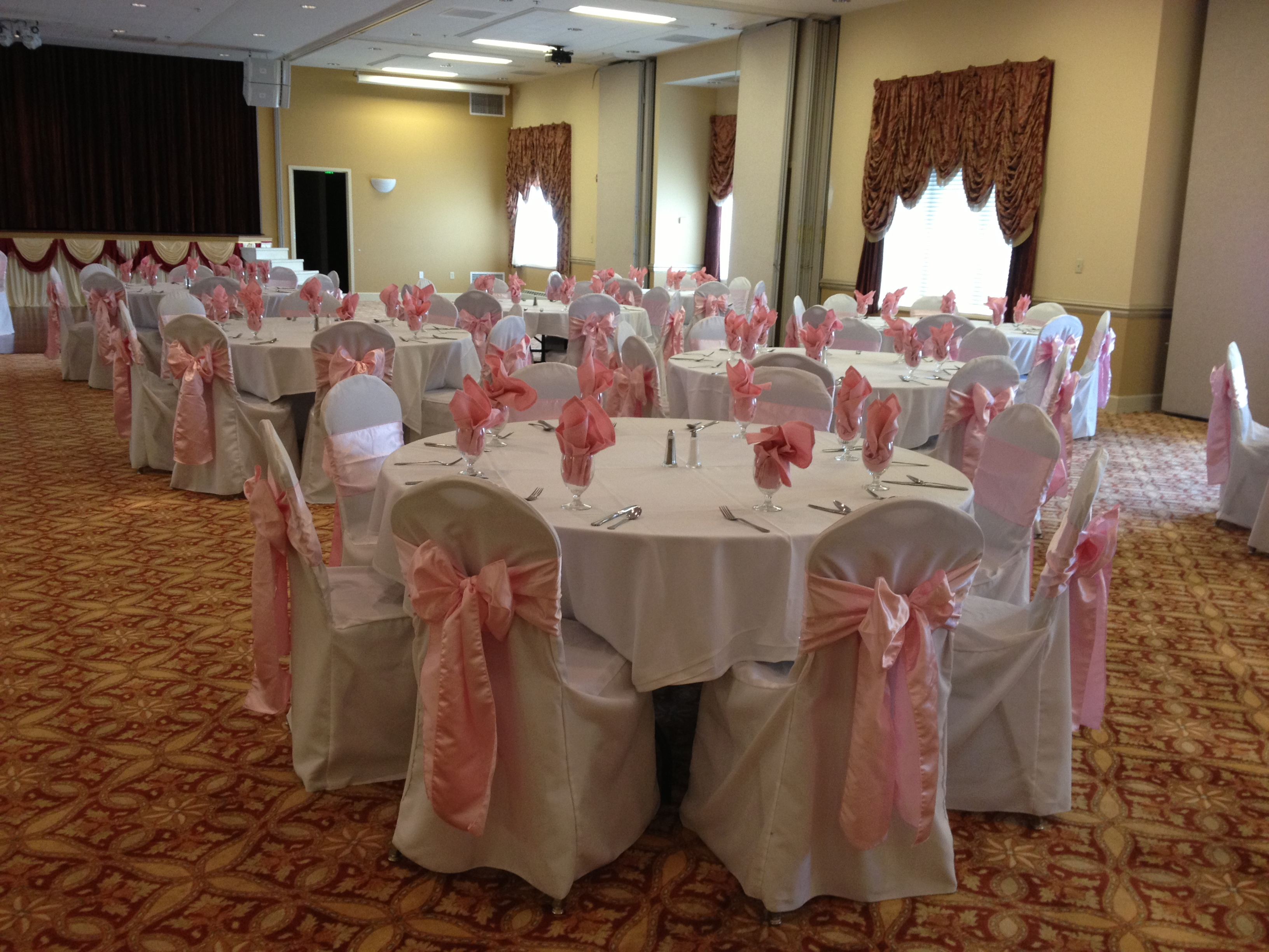 tablecloths and chair covers for rent strong back review wedding linens devoted weddings events