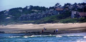 http://en.wikipedia.org/wiki/File:Lincoln_beach_OR_beachcombing.JPG