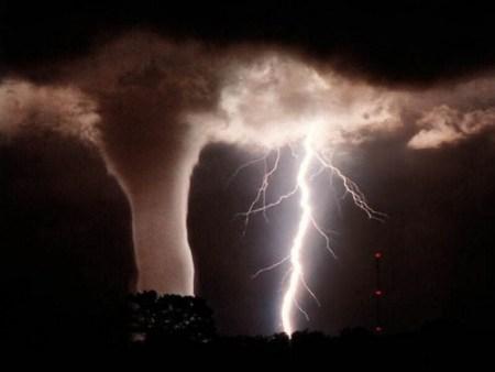 110413-NOAA-tornado-02 public domain