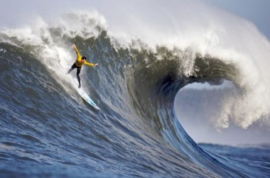 http://en.wikipedia.org/wiki/File:2010_mavericks_competition.jpg