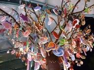 http://commons.wikimedia.org/wiki/File:Candy_tree_outside_Candylicious,_Resorts_World_Sentosa,_Singapore_-_20131207.jpg