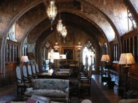 http://en.wikipedia.org/wiki/File:Hearst_Castle_Casa_Grande_September_2012_panorama_2.jpg