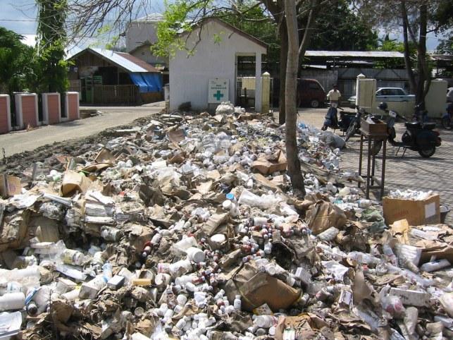 waste-disposal-nightmare-kota-warehouse
