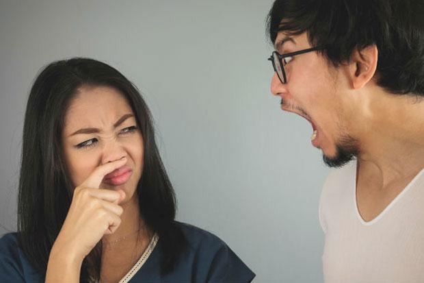 Mengatasi Bau Mulut Yang Tidak Sedap
