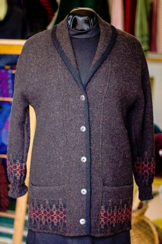 Women's wool cardigan in Cocoa & Russet