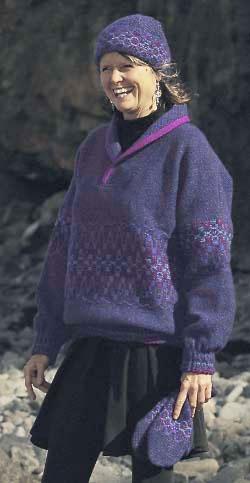 Pullover sweater in Iris