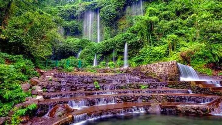 Air-Terjun-Benang-Stokel-di-Lombok-Tengah.jpg