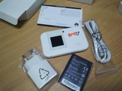 Lengkap dengan baterai, charger dan kabel