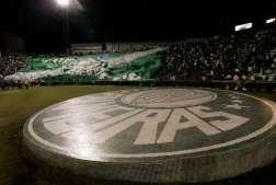 ESPORTES - FUTEBOL - PALMEIRAS X GREMIO - torcida durante jogo - Palestra Italia - SP - 22/05/2010 - Foto: Marcelo Ferrelli/Gazeta Press
