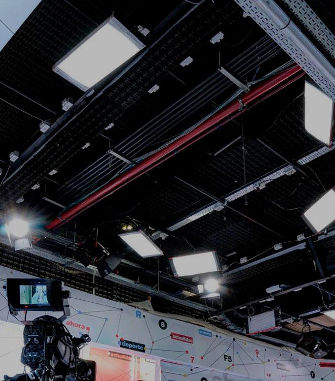 DEXEL Lighting  Iluminacion profesional para televisin