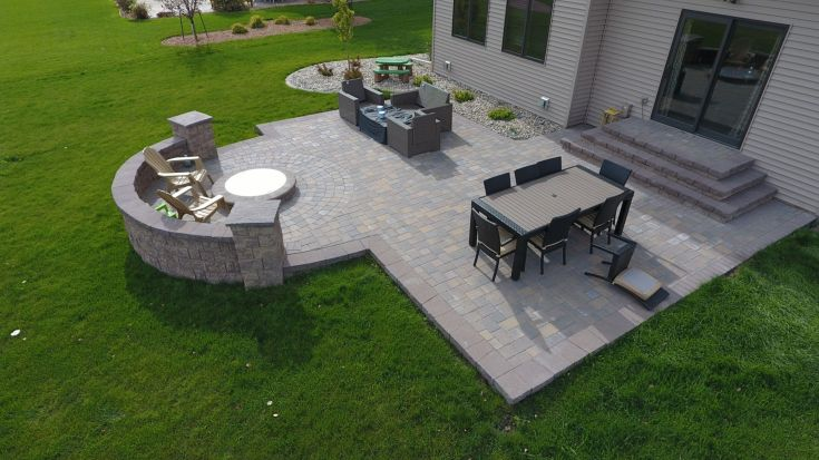 Backyard Fire Pit with Seat