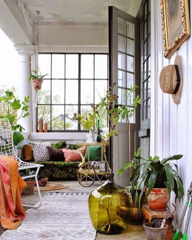 Simple Front Porch Decorating