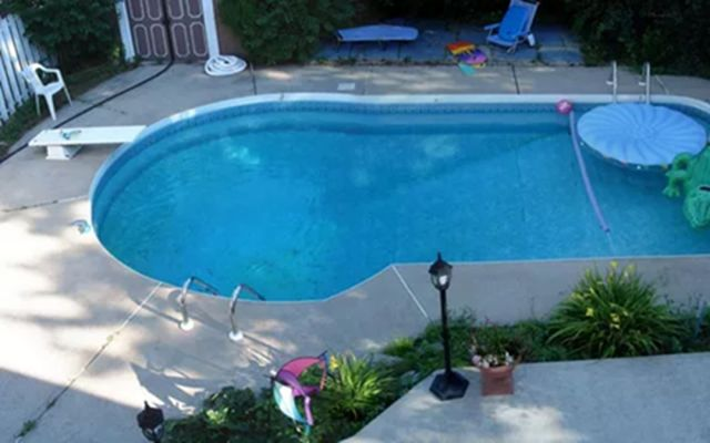 Swimming Pool Design for Your Beautiful Backyard