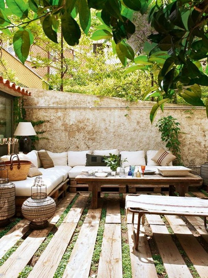 33 Gorgeous Bohemian Outdoor Patio Designs For Cozy ... on Bohemian Patio Ideas id=29363