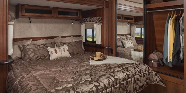 RV Bedroom Decoration