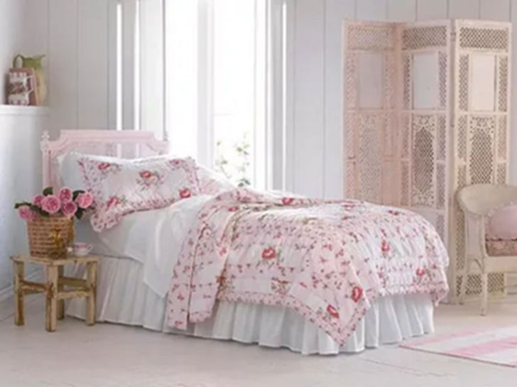 Shabby Chic Pink Bedroom Ideas