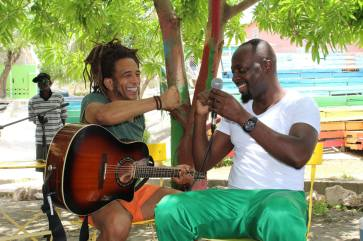 Junior & Wyclef playing 2