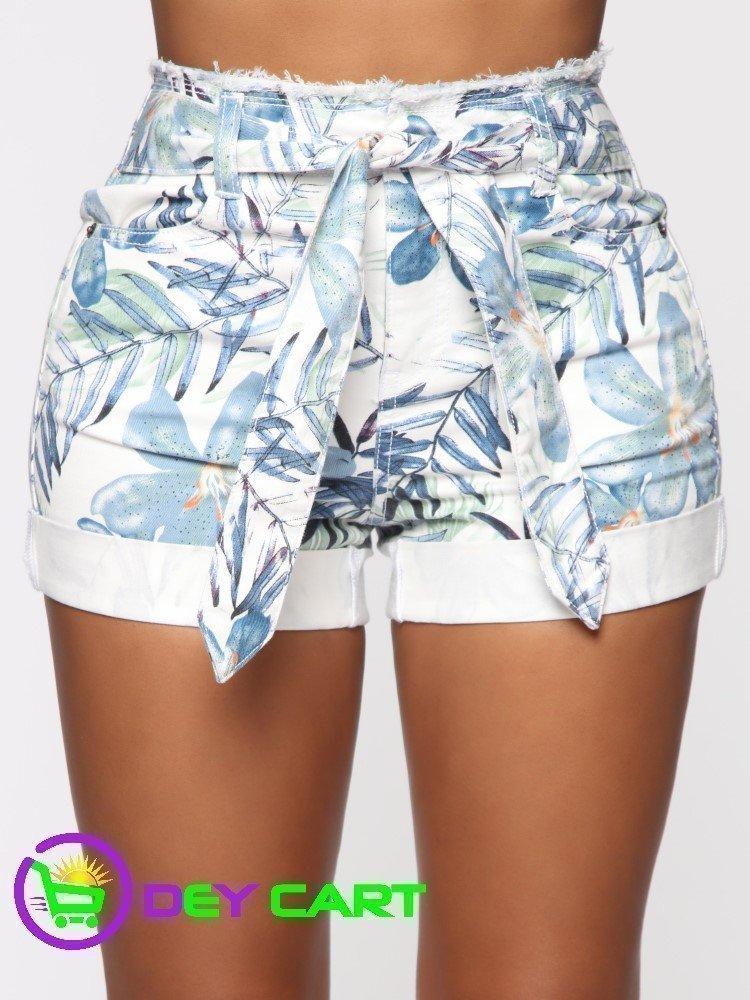 Fashion Nova Belted Ruffle Waist High Rise Short - White/Blue 0