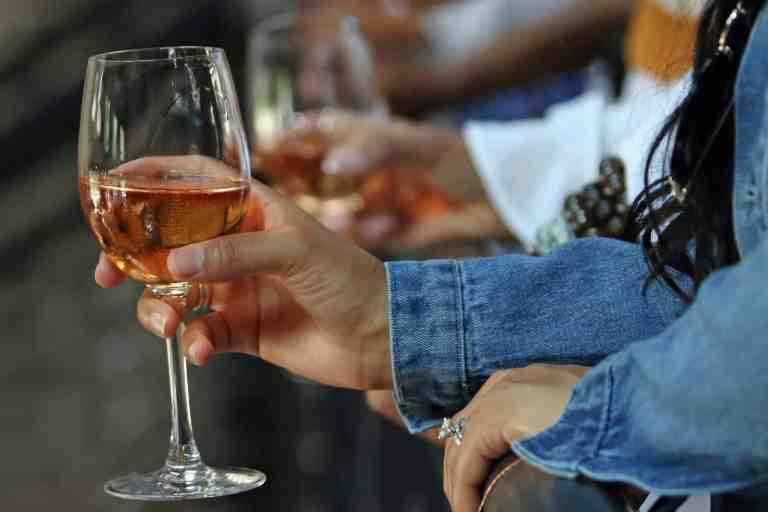 How Does Alcohol Consumption Effect Cholesterol ?