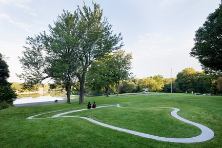 Press kit   2366-03 - Press release   Montreal Project Wins Major International Design Award - civiliti with Julie Margot design - Landscape Architecture - Halt located close to recreational area around Beaver Lake<br> - Photo credit: Adrien Williams