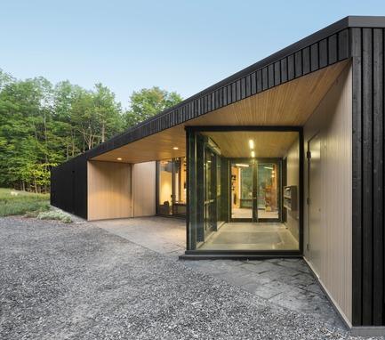 """Press kit   2263-01 - Press release   The """"Centre de Services Le Bonnallie"""" - Anne Carrier architecture - Institutional Architecture - Photo credit: Stéphane Groleau"""