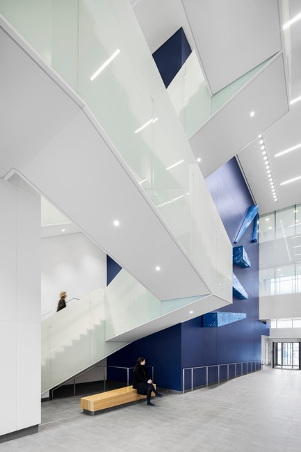 Press kit | 1387-04 - Press release | The New CHUM by CannonDesign + NEUF architect(e)s Wins an INSIDE 2017 Award at The World Architecture Festival in Berlin - CannonDesign + NEUF architect(e)s - Institutional Architecture - Photo credit: Adrien Williams