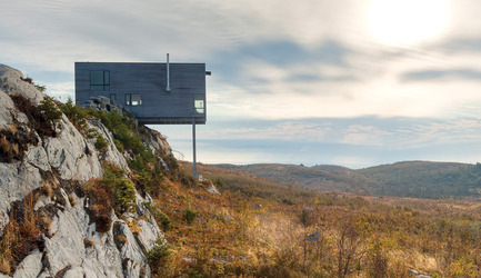 Press kit | 809-12 - Press release | Azure announces the winners of the fourth annual AZ Awards - Azure Magazine - Competition - Best Residential Architecture:&nbsp;MacKay-Lyons Sweetapple Architects: Cliff House, Nova Scotia, Canada<br>