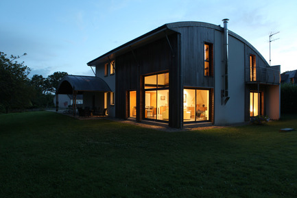 Press kit | 949-02 - Press release | A bioclimatic house in Pluvigner, Brittany - Patrice Bideau - Residential Architecture - Photo credit: Armel Istin