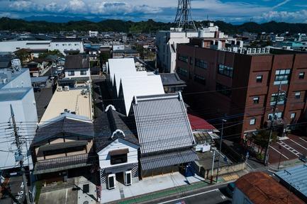 Press kit   3544-01 - Press release   Tomioka Chamber of Commerce and Industry - Tezuka Architects - Institutional Architecture - Photo credit: Katsuhisa Kida/FOTOTECA