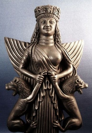 anahita-lady-of-beasts-statue-cu-ss-lb-2