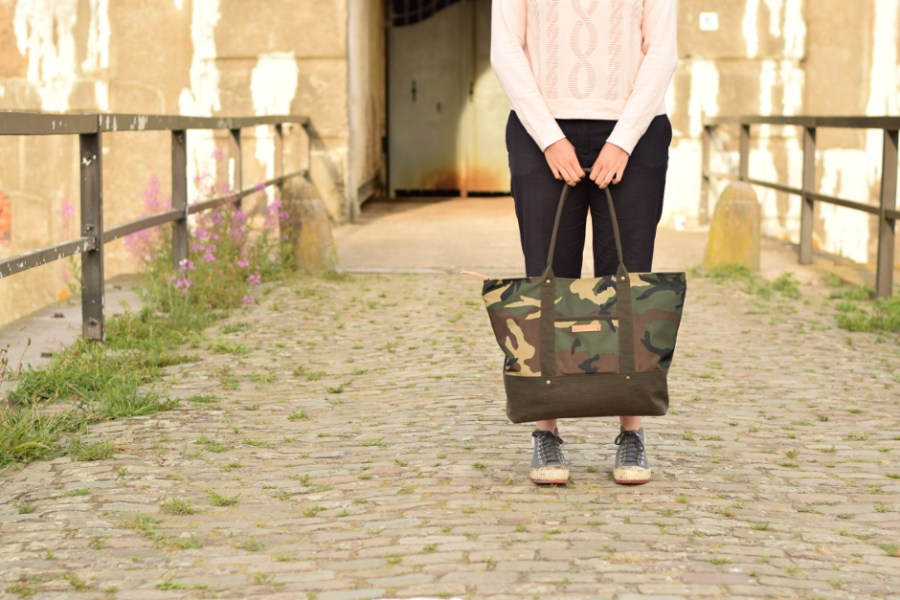 camouflage bag