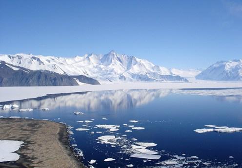 Ce se ascunde în Antarctica atât de periculos