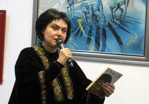 Paula Tudor, o pictoriţă care uimeşte mereu şi sensibilizează (12)