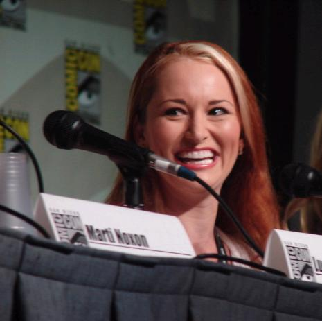 Autor foto TV Squad Julia, sursa Wikipedia.