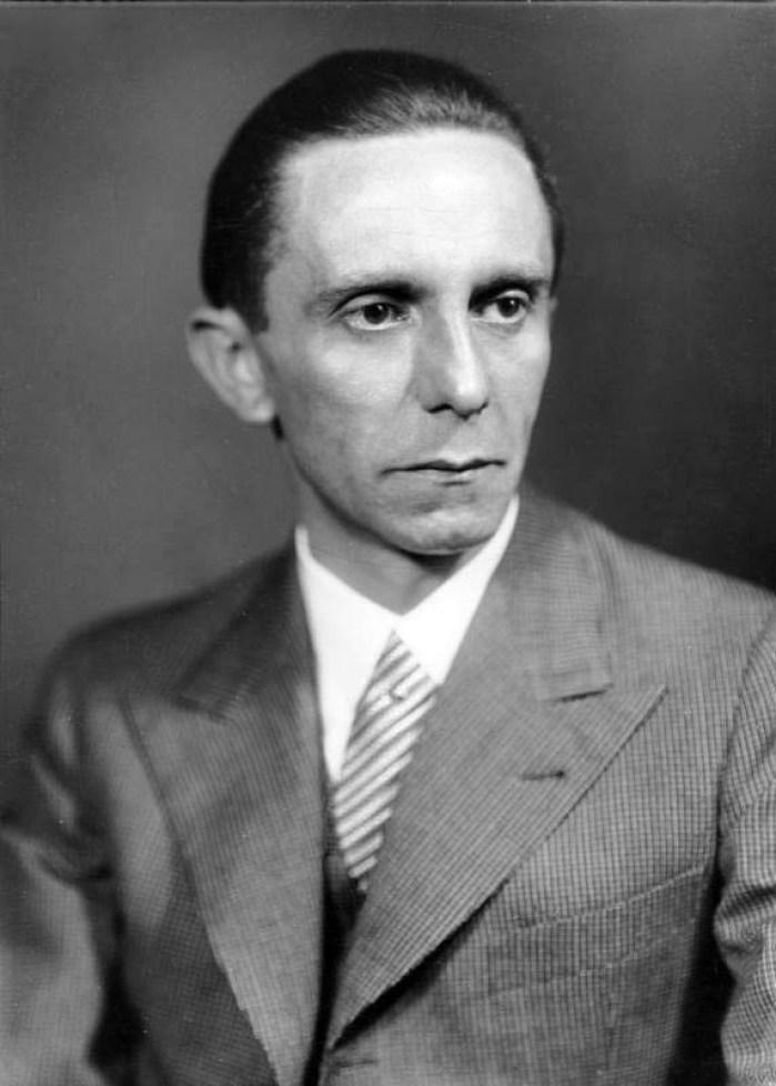 Goebbels, foto de Heinrich Hoffmann, German Federal Archives, sursa foto Wikipedia.