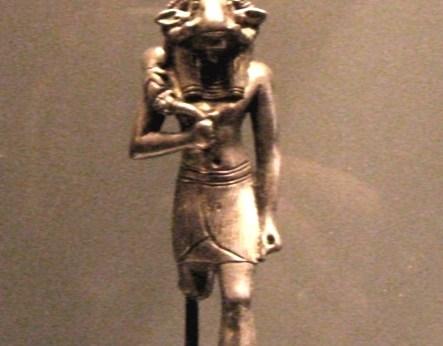 Louvre_032008_21